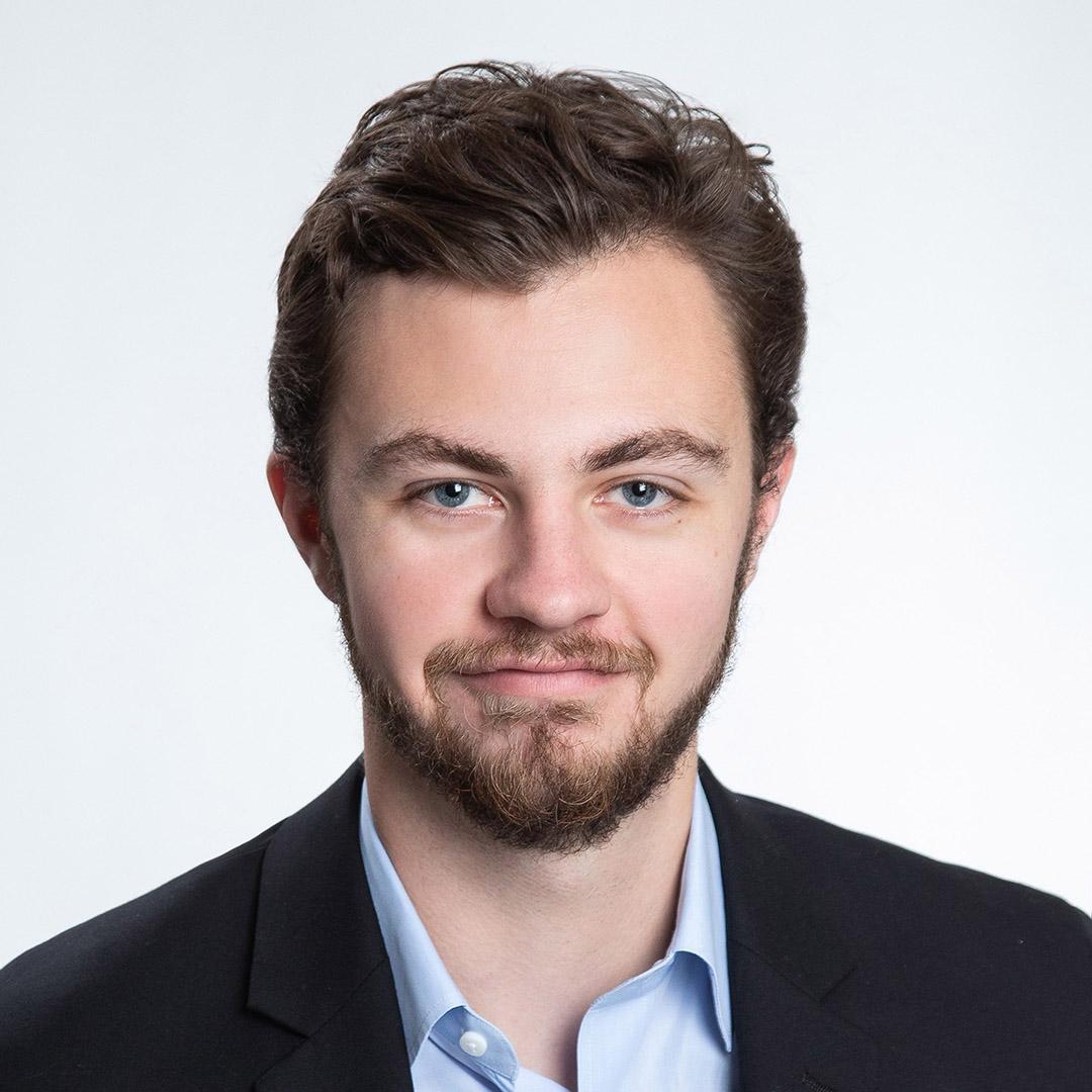 Роберт Миллер из компании ConsenSys Health подготовил превосходный отчет, в котором кратко изложены основные тенденции в области здравоохранения, касающиеся технологии блокчейн.